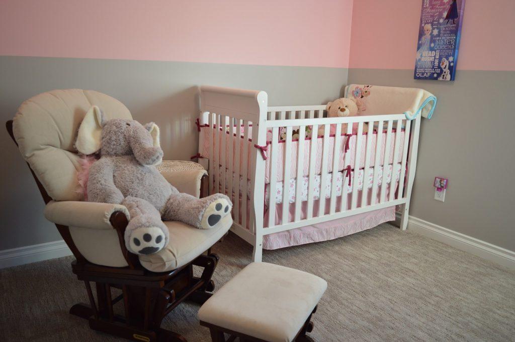 baby crib nursery bumper controversy